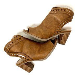 Maurices | Glenda western style cutout heel